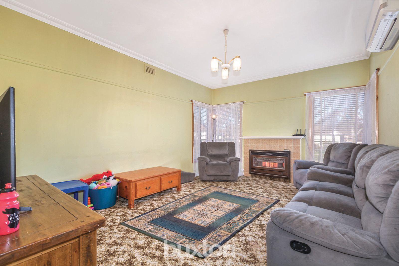 208 Rodier Street, Ballarat East VIC 3350, Image 2