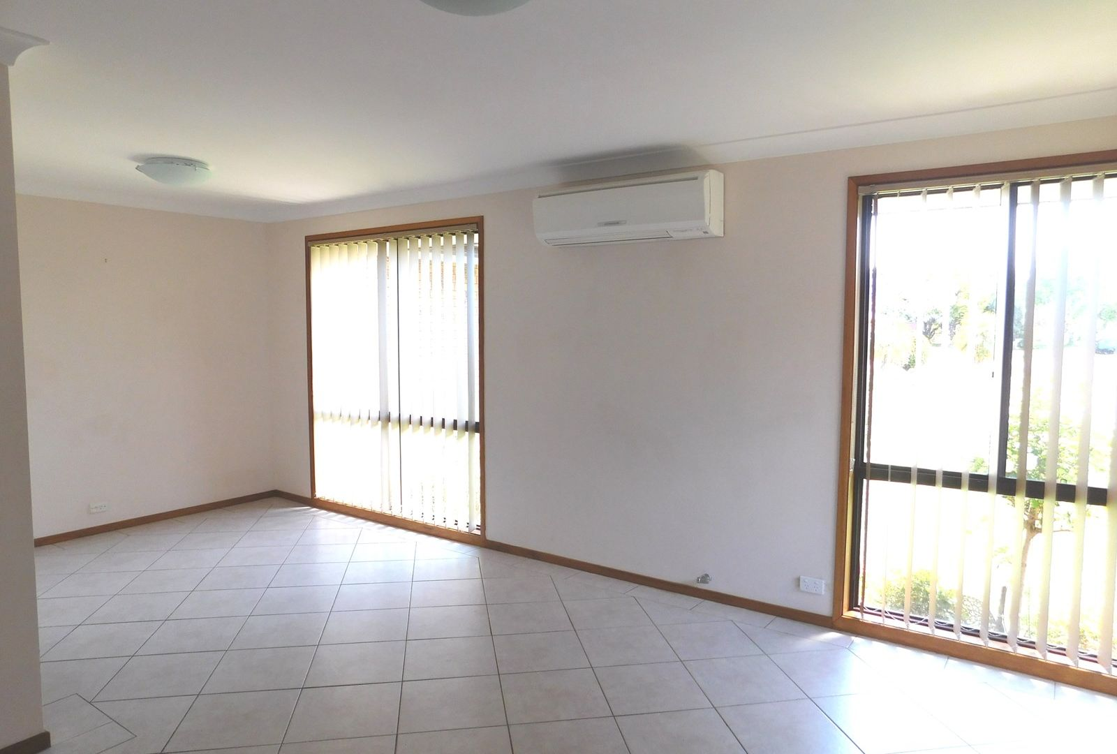 8 Throsby  Drive, Narellan Vale NSW 2567, Image 2