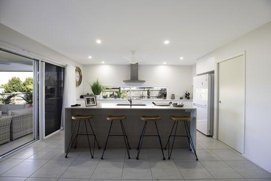 20 Regent Avenue, Richmond QLD 4740, Image 2