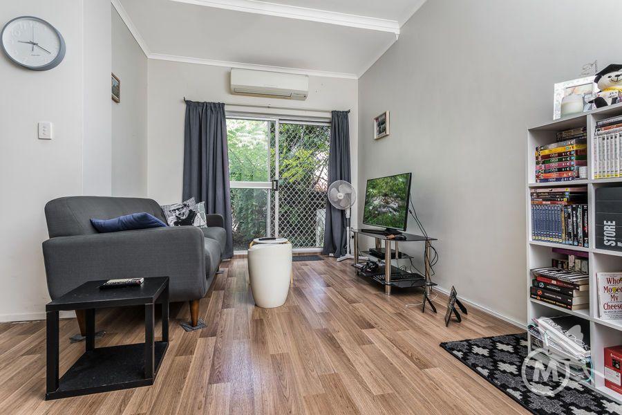 1/19 Nitawill Street, Everton Park QLD 4053, Image 0