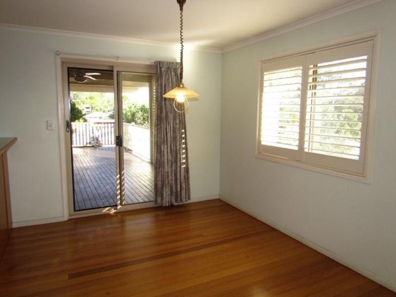 8 Myrtle Court, Kin Kora QLD 4680, Image 2