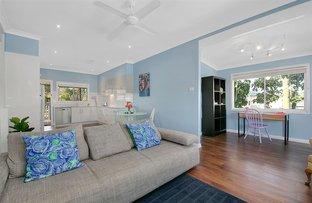12 Stephenson Street, Oxley QLD 4075