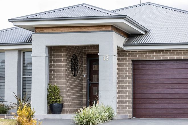 Picture of 13 Stringybark Close, COLO VALE NSW 2575
