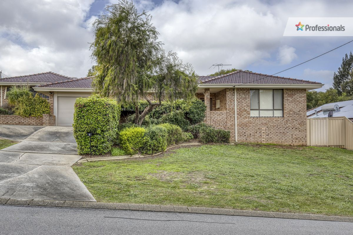 2 Bedale Street, Swan View WA 6056, Image 1