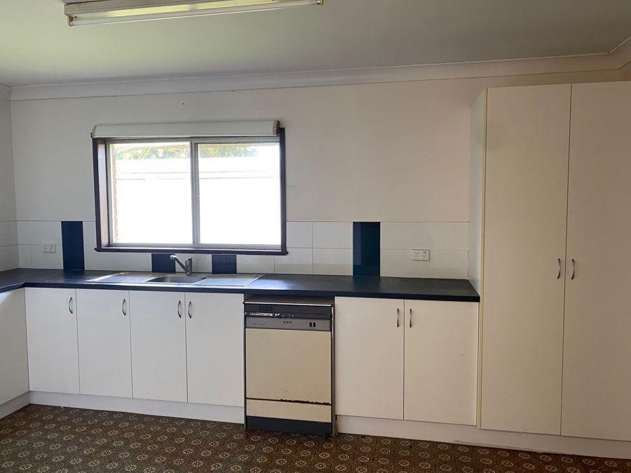 15 Warland Street, South Mackay QLD 4740, Image 1