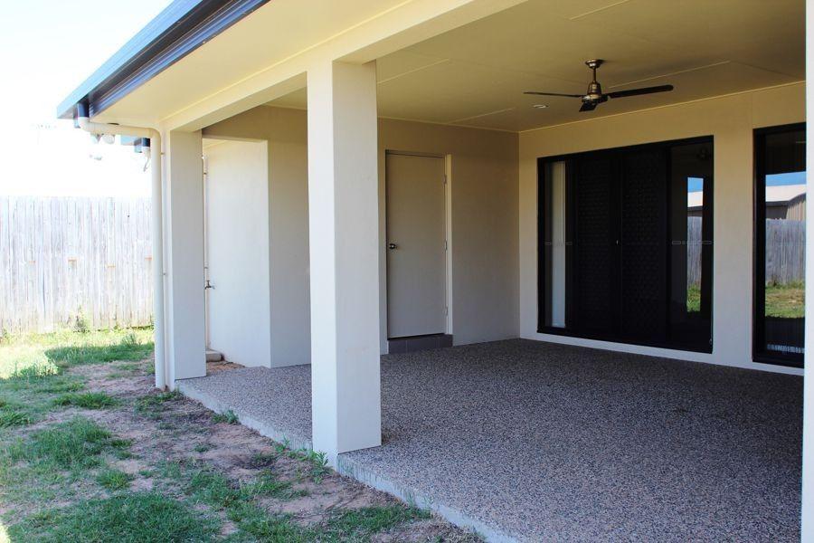 44 Jasmine Drive, Blacks Beach QLD 4740, Image 0