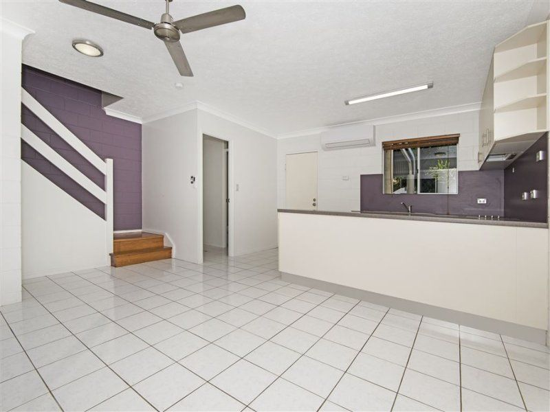 5/57 Lowth Street, Rosslea QLD 4812, Image 2