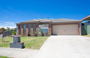 Picture of 4 Brookside Drive, Mount Clear VIC 3350