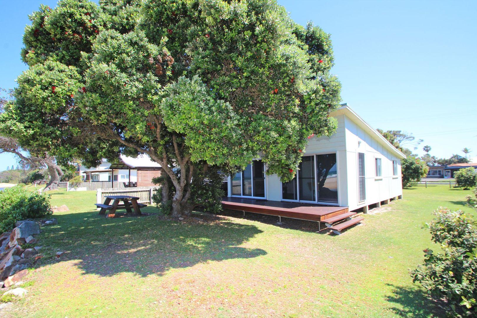 21 Ocean  Road, Brooms Head NSW 2463, Image 1