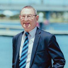Ray Bowden, Sales Executive