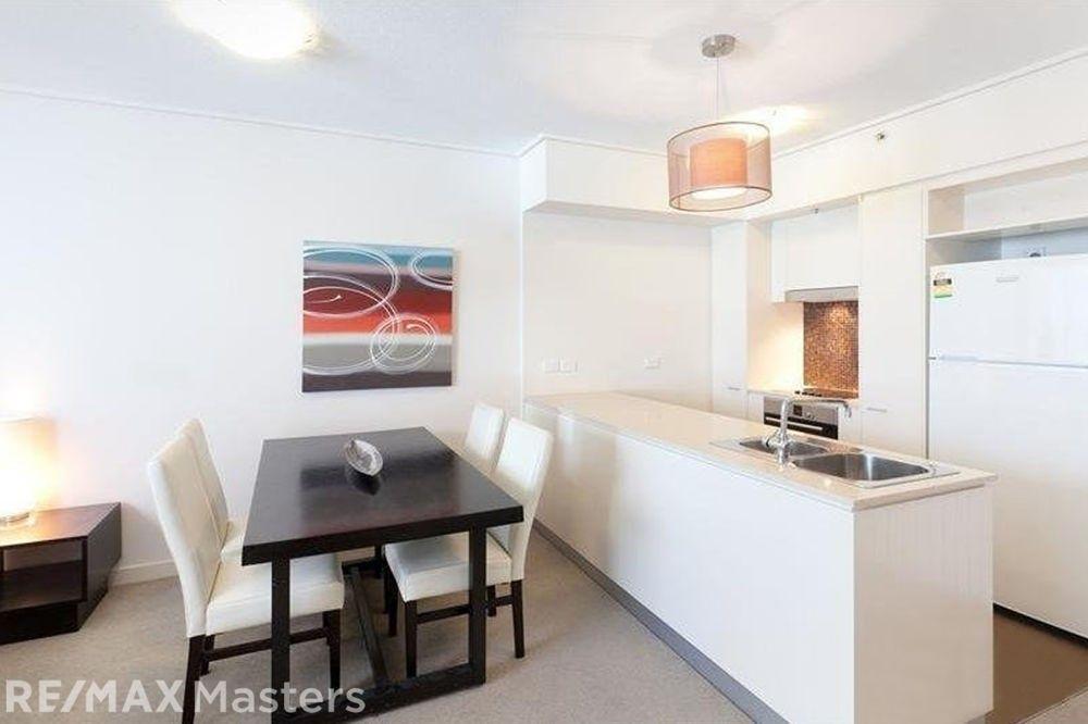 153/18 Tank Street, Brisbane City QLD 4000, Image 2