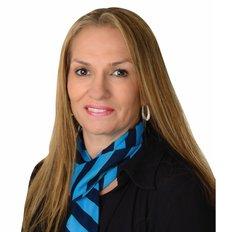 Belynda Nairn, Sales representative