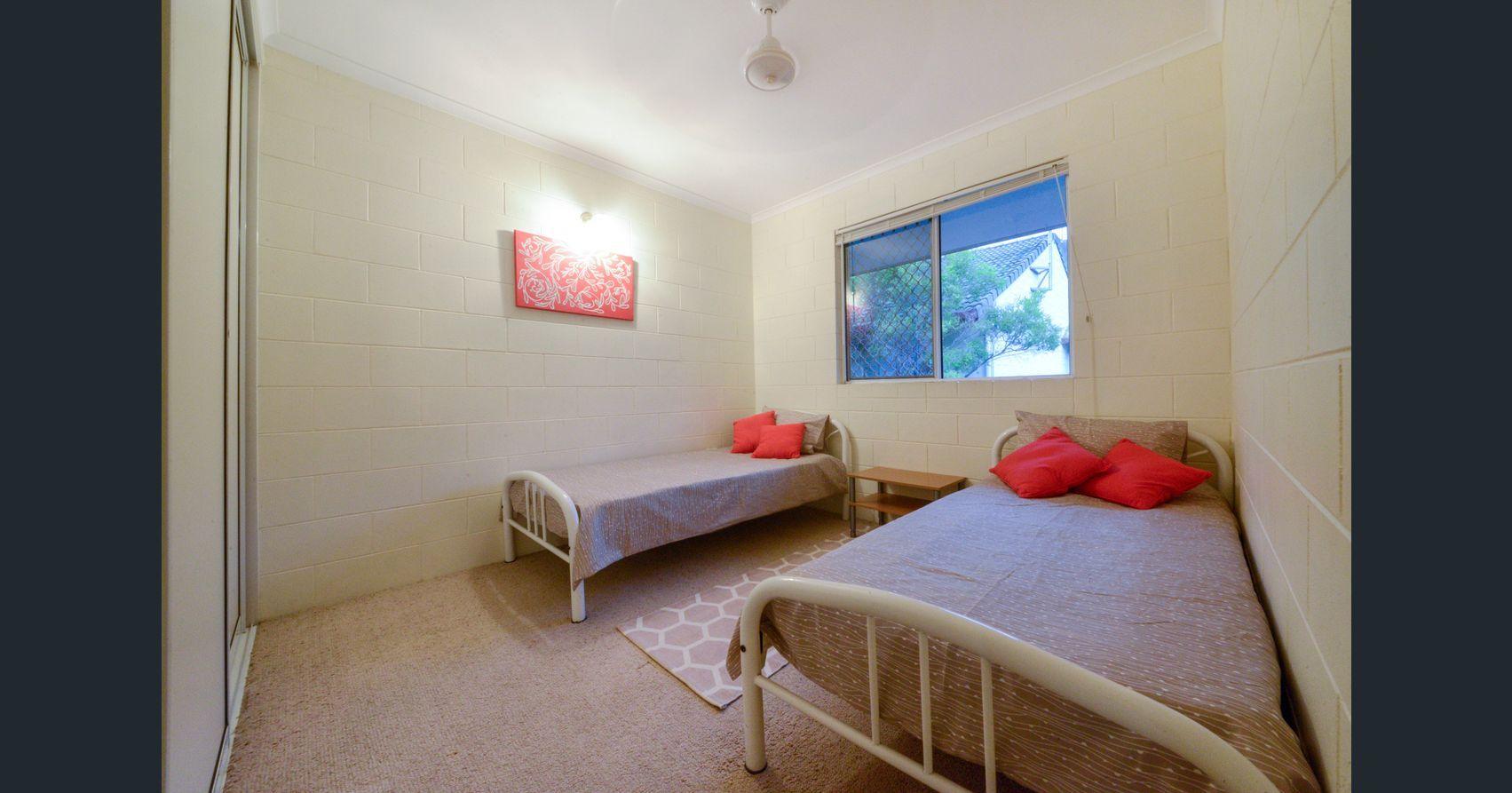 Island Drive, Cannonvale QLD 4802, Image 2
