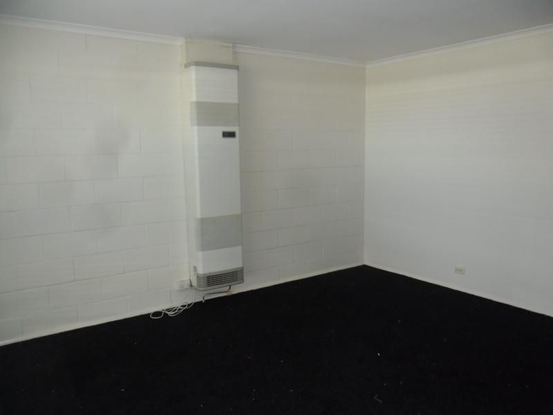 2/5 Edmill Court, Belmont VIC 3216, Image 2