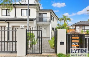 Picture of 1/5 Wairoa Street, Canterbury NSW 2193