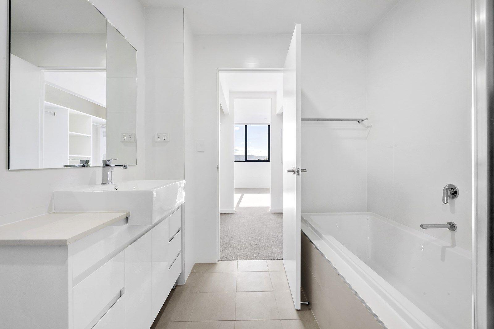 16/3-5 Wiseman Avenue, Wollongong NSW 2500, Image 2
