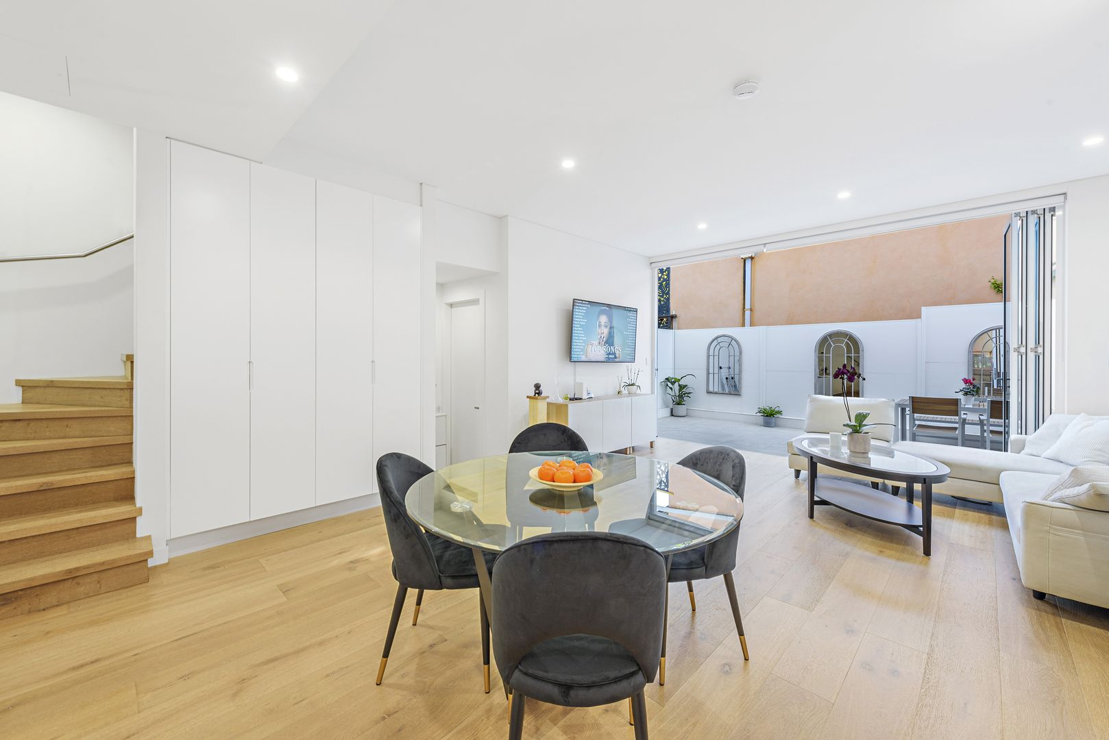2/1B Owen Street, North Bondi NSW 2026, Image 1