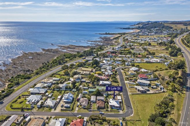 Picture of 9 Lyle Street, SULPHUR CREEK TAS 7316