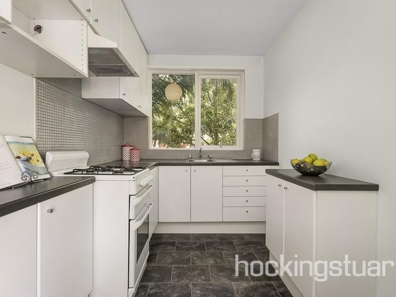 3/211 Brighton Road, Elwood VIC 3184, Image 2