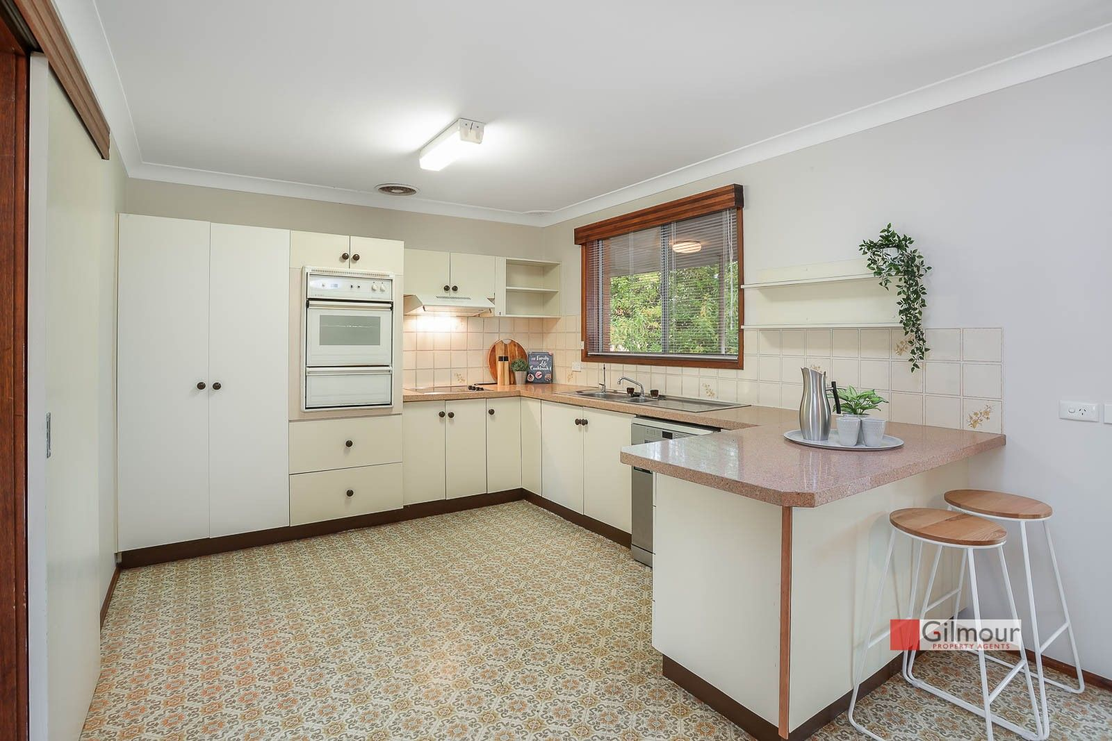 8 Patricia Court, Castle Hill NSW 2154, Image 2