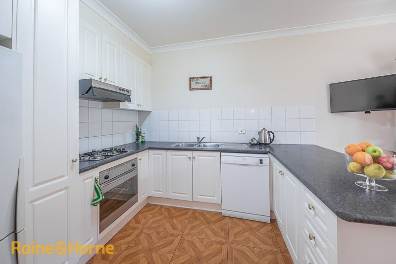 8/17A Cornish Street, Sunbury VIC 3429, Image 2