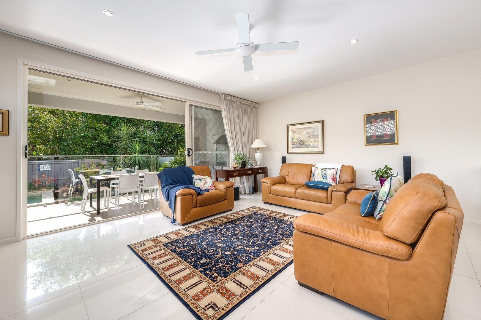 1/15 Broadwater Street, Runaway Bay QLD 4216, Image 1