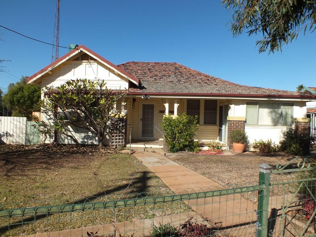 14 Grenfell Street, West Wyalong NSW 2671, Image 0