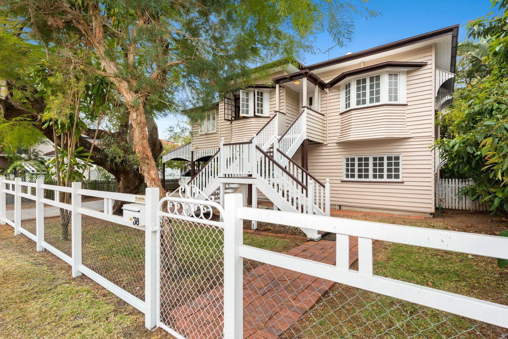 38 Mortlake Road, Graceville QLD 4075, Image 0