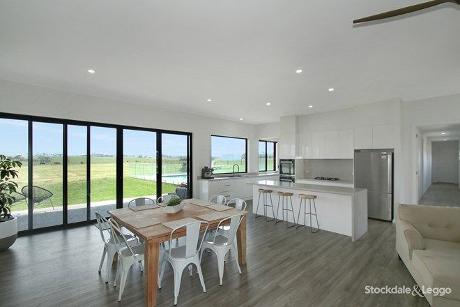 Picture of 124 Stevens Road, BUFFALO VIC 3958