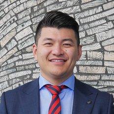 Edward Yang, Sales Agent
