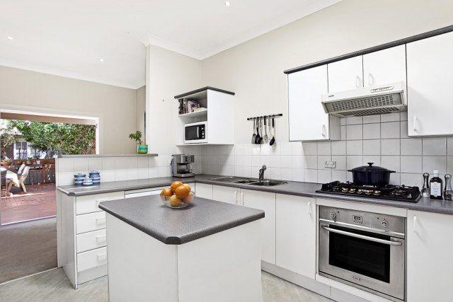 66 Wyadra Avenue, Freshwater NSW 2096, Image 0