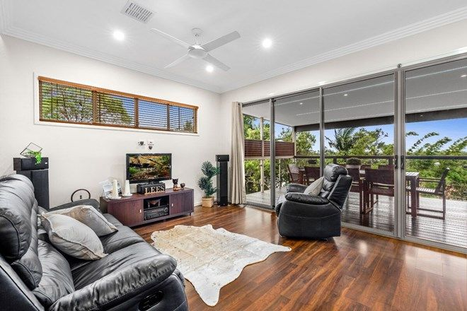 Picture of 17 Ernest Street, MANLY QLD 4179