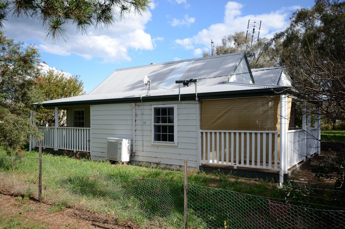 44 Maria Street, Wallabadah NSW 2343, Image 0