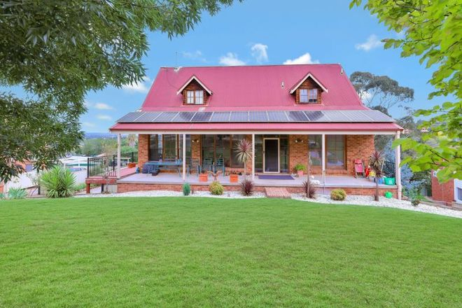 Picture of 8 Napier Street, WINDRADYNE NSW 2795