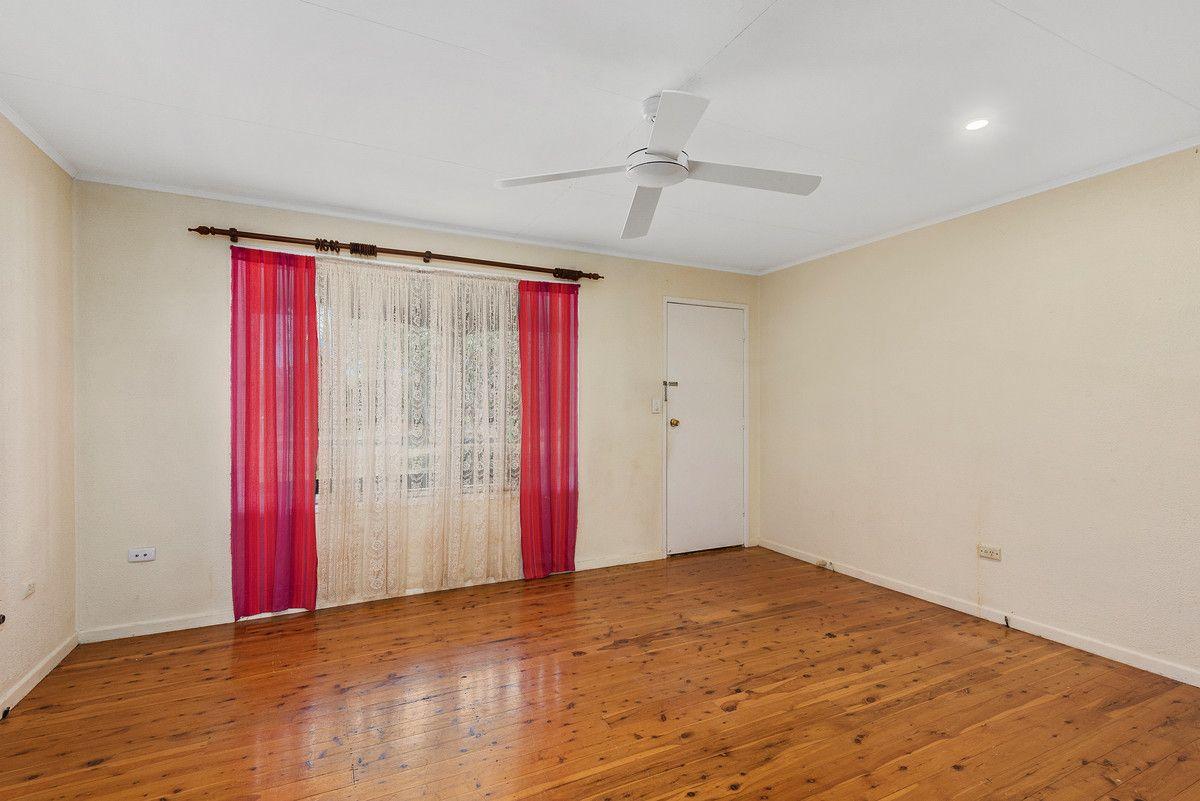 455 Stenner Street, Harristown QLD 4350, Image 2
