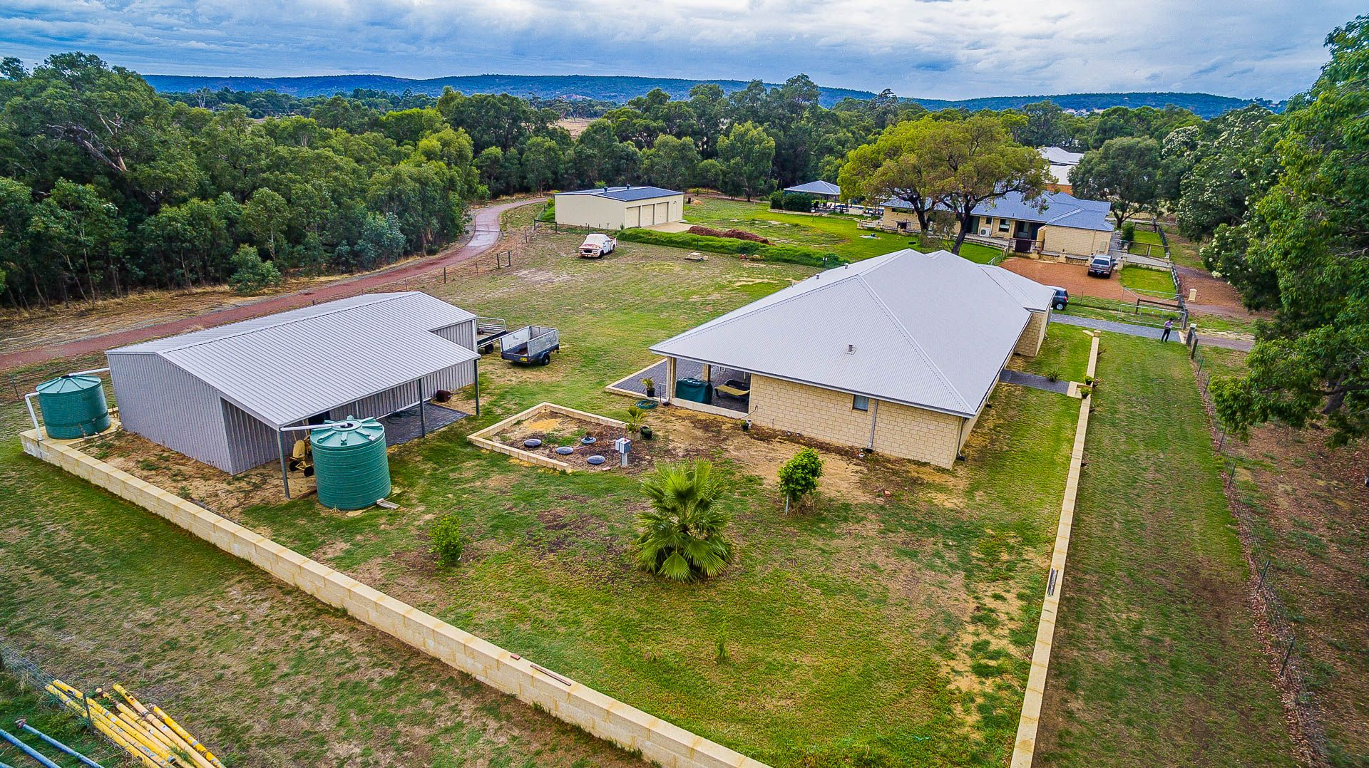 184 Cardup Siding Rd, Byford WA 6122, Image 2