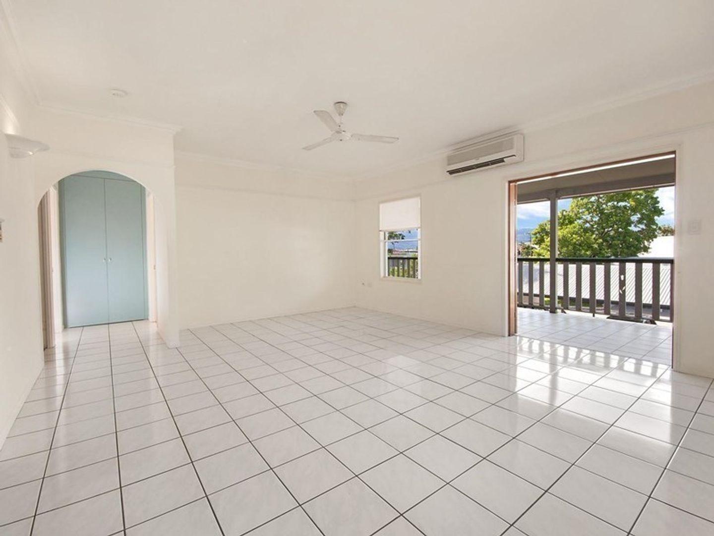 4/115 Buchan Street, Bungalow QLD 4870, Image 2
