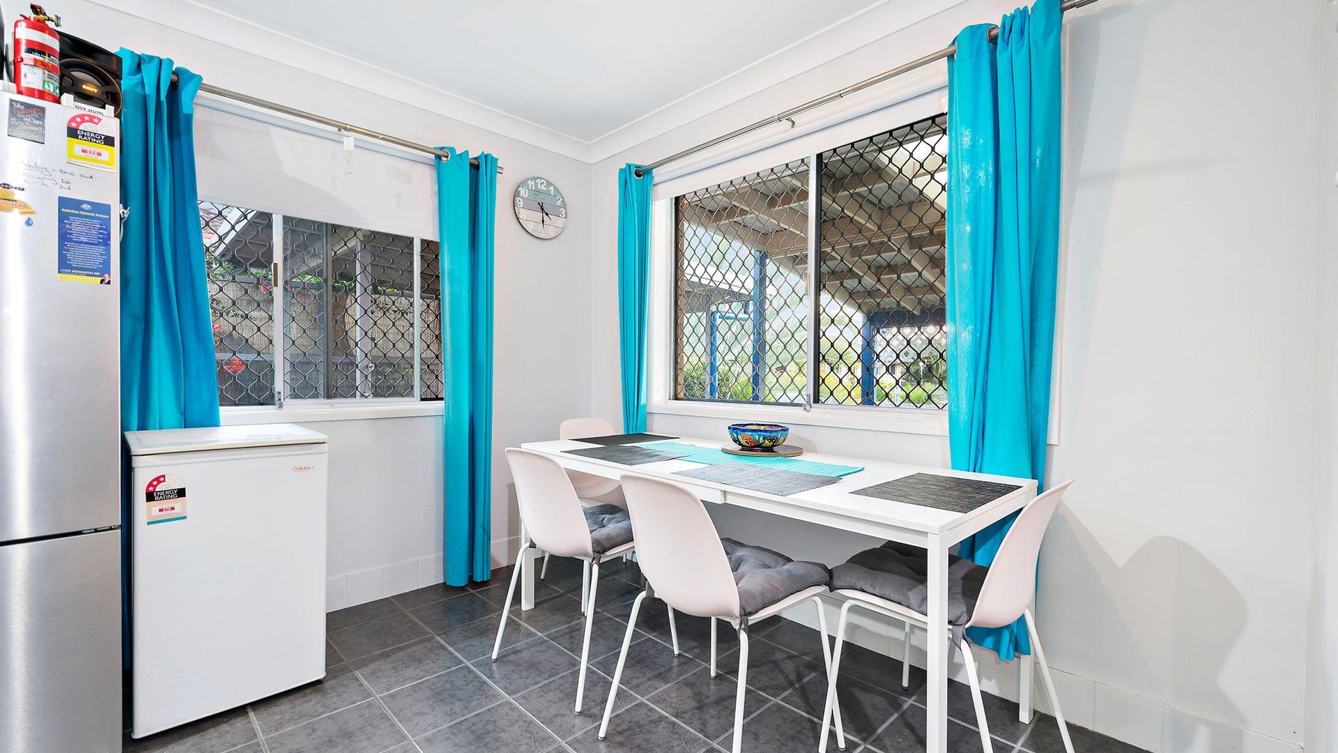 28 Amersham Street, Kippa-Ring QLD 4021, Image 2