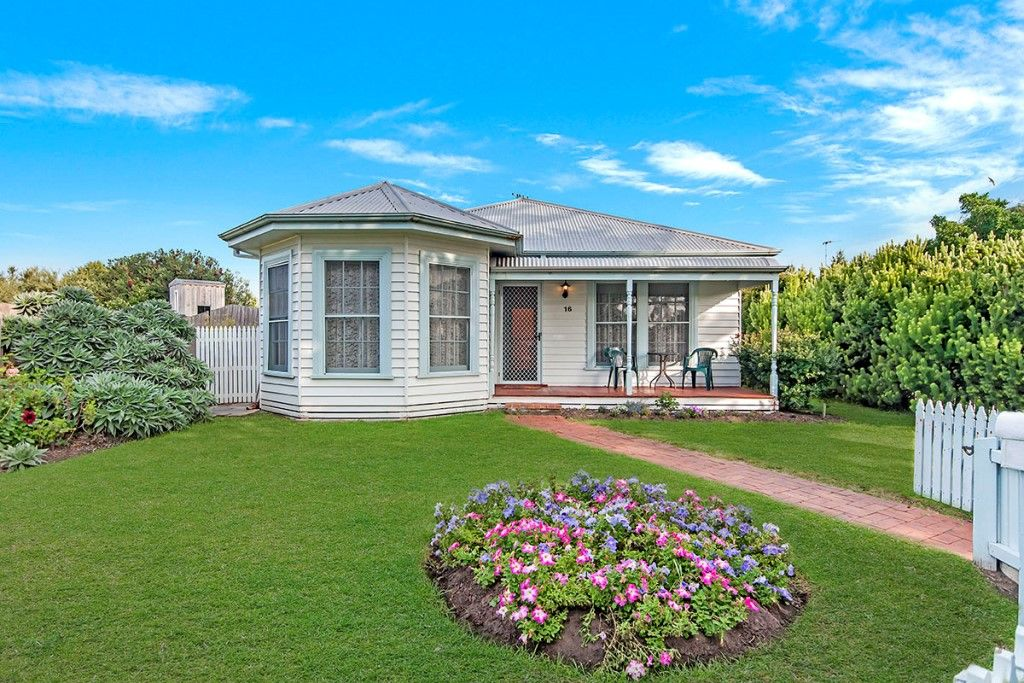 16 Gipps Street, Port Fairy VIC 3284, Image 0