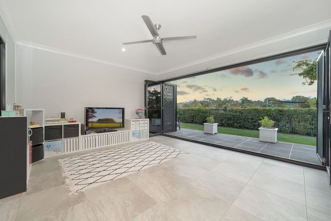 Picture of 2 Featherwood Street, MOUNT LOW QLD 4818