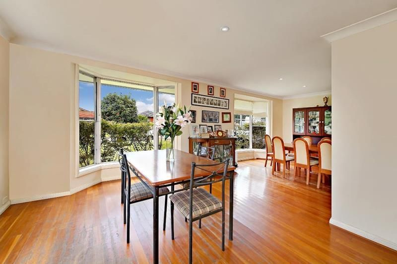 62 Apex Avenue, Picnic Point NSW 2213, Image 2