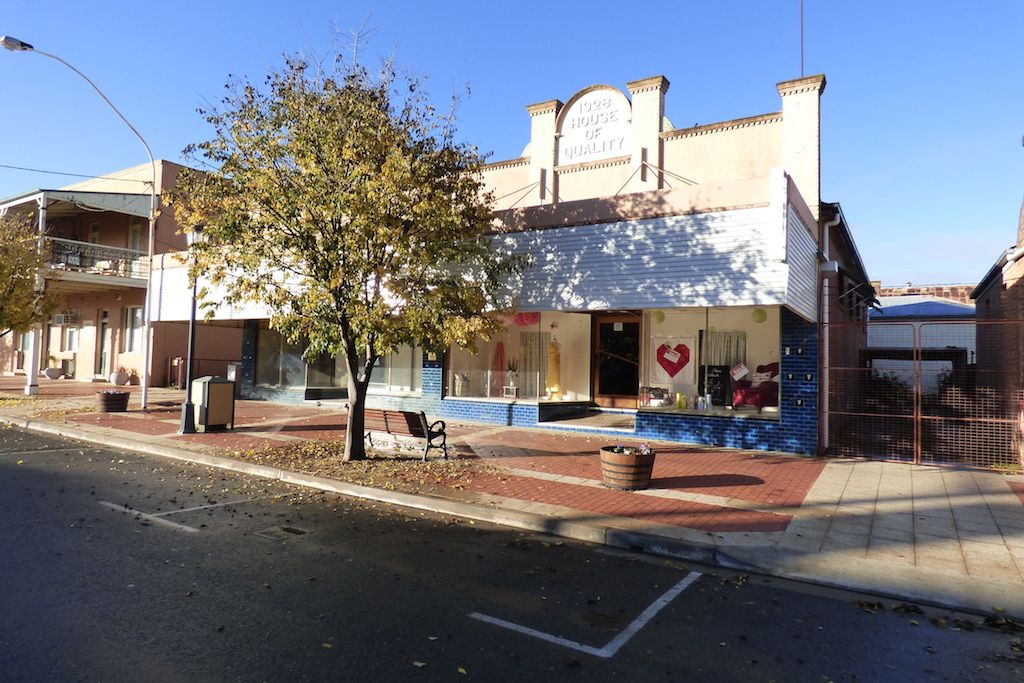 82-84  Pudman Street, Boorowa NSW 2586, Image 2