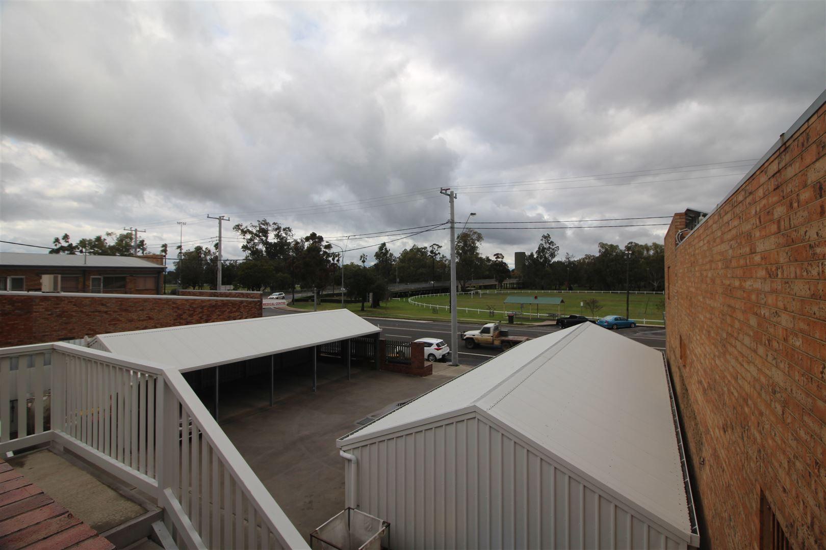 Unit 4, 125 Maitland Street, Narrabri NSW 2390, Image 2