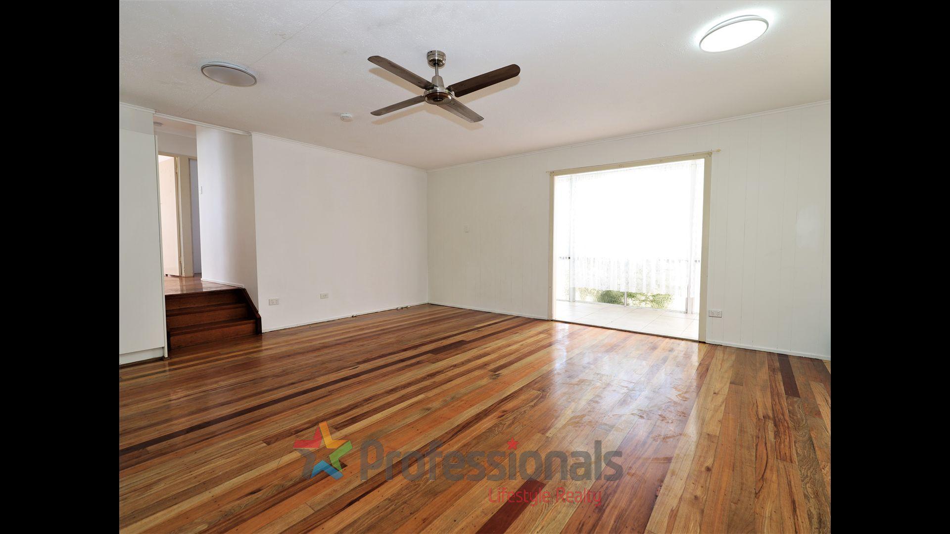 34 Maple Street, Kingston QLD 4114, Image 2