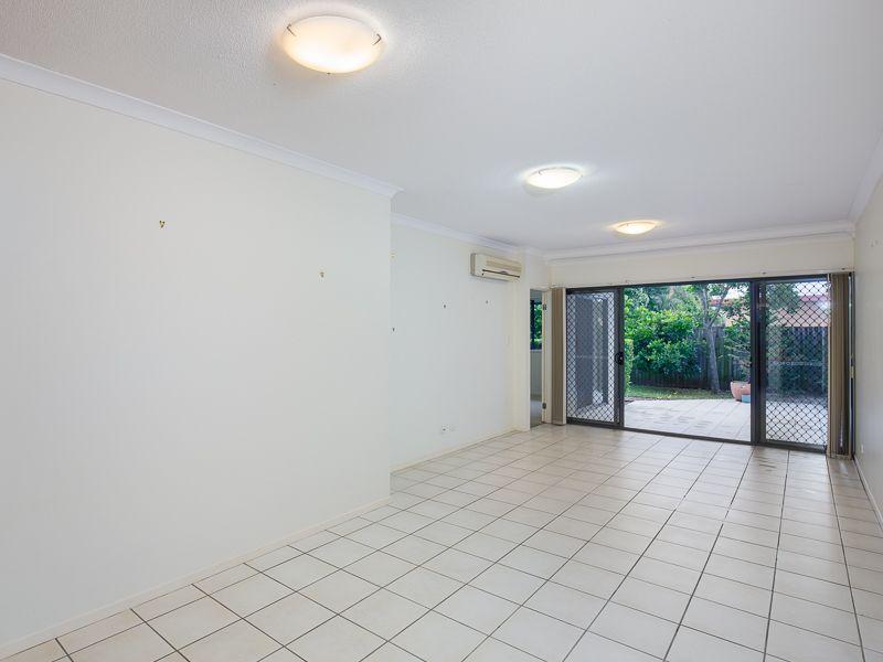 4/34 Douglas Street, Greenslopes QLD 4120, Image 2