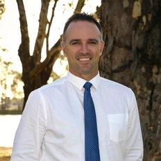 Brad Campbell, Sales representative