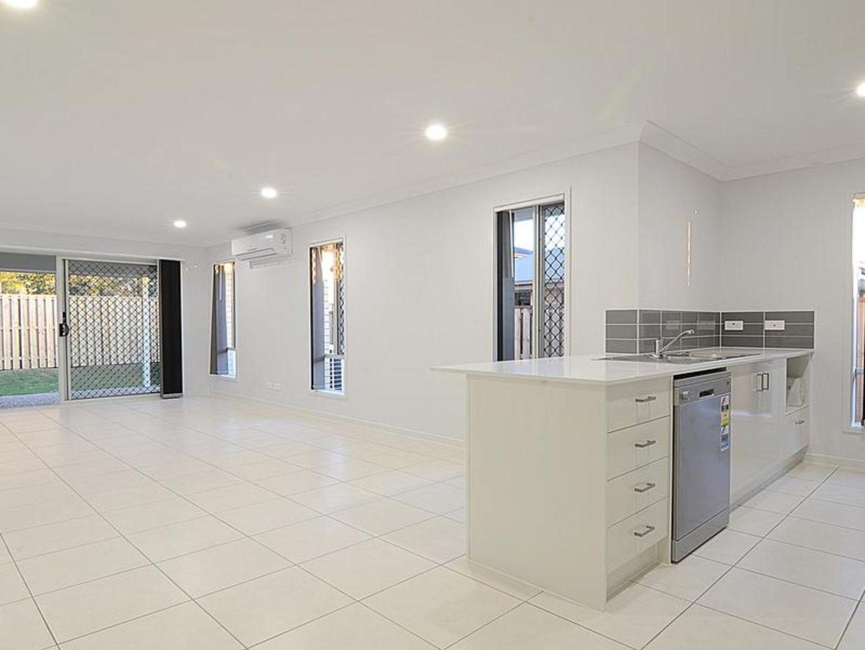 30 Bridgewater Crescent, Redland Bay QLD 4165, Image 0