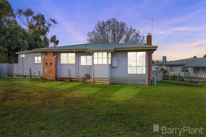 Picture of 8 Mckindlay Street, DROUIN VIC 3818