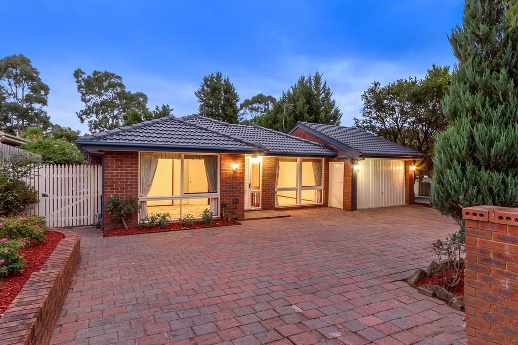 70 Mantung Crescent, Rowville VIC 3178, Image 0