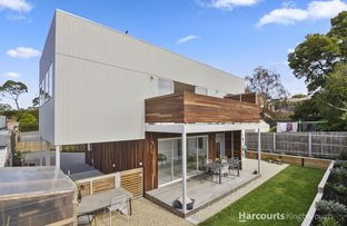 Picture of 2/28 Gourlay Street, Blackmans Bay TAS 7052